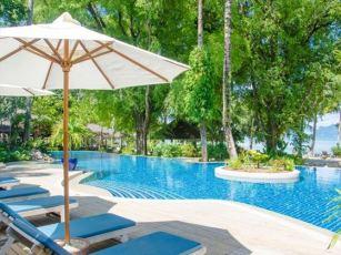 public-pool-paradise-koh-yao